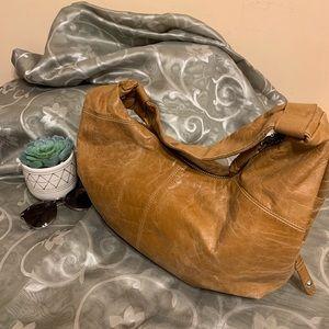 Hobo tan leather shoulder bag
